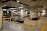 京王線新宿駅ホームにて